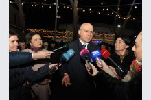 Prime Minister Pavel Filip attended inauguration of Christmas Fair, organized in premiere by the governmen'