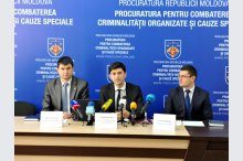 The  press conference: Detention of members of a criminal group specialized in money laundering and tax evasion in particularly large proportions'