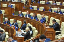 The parliament holds a plenary meeting '