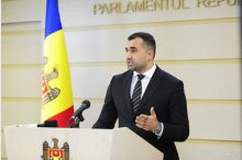 Parliament's Secretary General Adrian Albu holds news briefing on optimizing institution's costs '