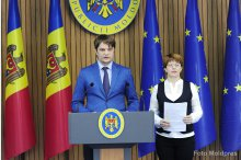 Government's Secretary General Andrei Spinu holds news conference on nutrition in schools, kindergartens'